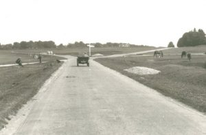 Across the Common (1930s)