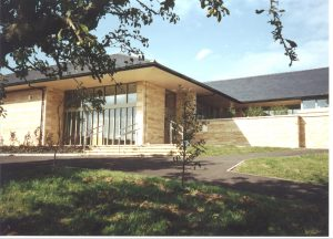 Minchinhampton Primary School (2000)